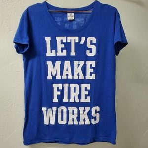 VS PINK | Blue White Let's Make Fireworks Tee XS